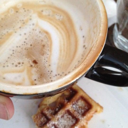 Photo taken at Bonanza Coffee by Felix B. on 6/3/2012