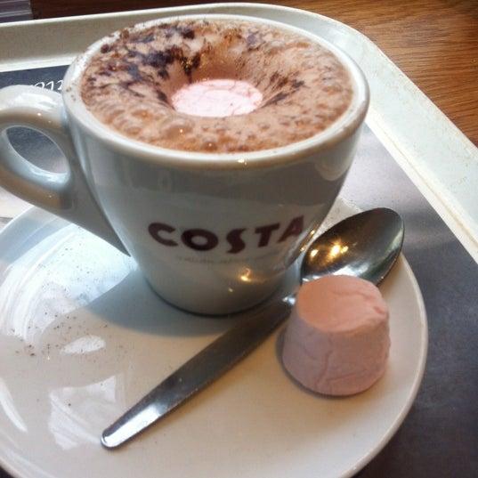 Photo taken at Costa Coffee by Elisha N. on 5/7/2012