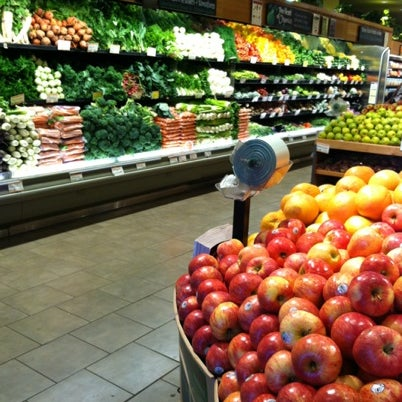 Photo taken at Whole Foods Market by /\ㅌ¥J T. on 8/13/2012