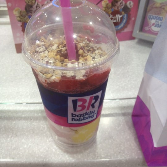 Photo taken at Baskin Robbins by Ray O. on 6/23/2012