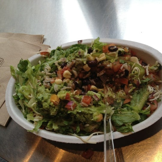 Photo taken at Chipotle Mexican Grill by Bijoy C. on 7/15/2012