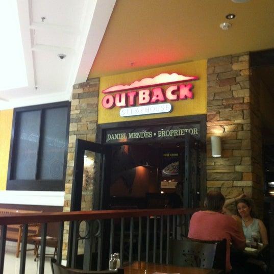 Foto tirada no(a) Outback Steakhouse por Paulo Marcelo B. em 3/3/2012