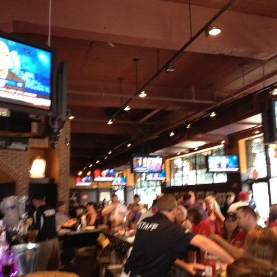 Photo taken at Cask 'n Flagon by John Michael C. on 6/20/2012