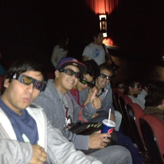 Photo taken at Cine Hoyts by Gustavo Ignacio on 5/8/2012