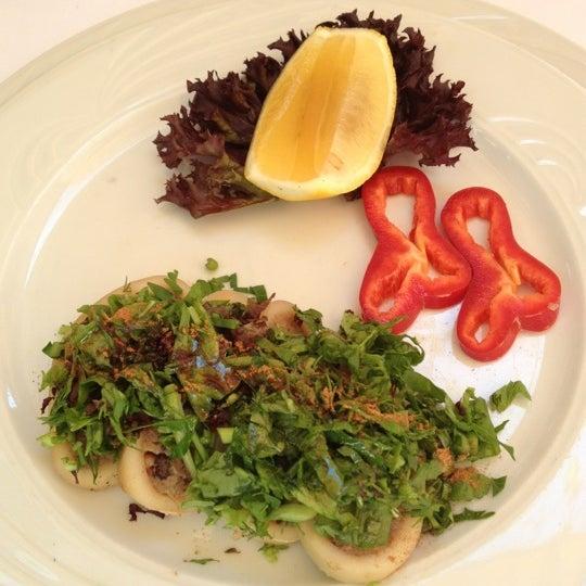 9/9/2012 tarihinde 🌴🌷PA-Double-D#19🌷🌴ziyaretçi tarafından Matbah Restaurant'de çekilen fotoğraf