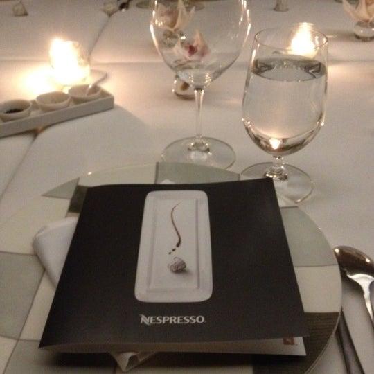 Foto tomada en Jaso Restaurant por Emiliano Ezequiel el 8/16/2012