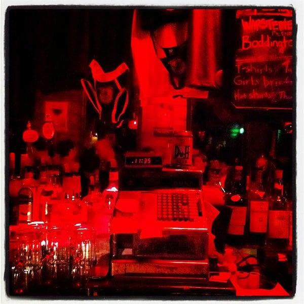 Foto diambil di Bullitt oleh Lauren R. pada 2/25/2012
