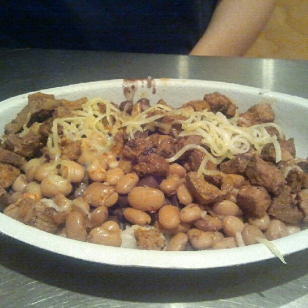 Photo taken at Chipotle Mexican Grill by Brian V. on 7/15/2012