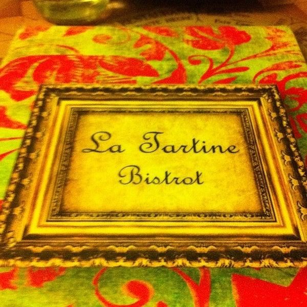 Foto tirada no(a) La Tartine Bistrot por Thiago R. em 6/24/2012