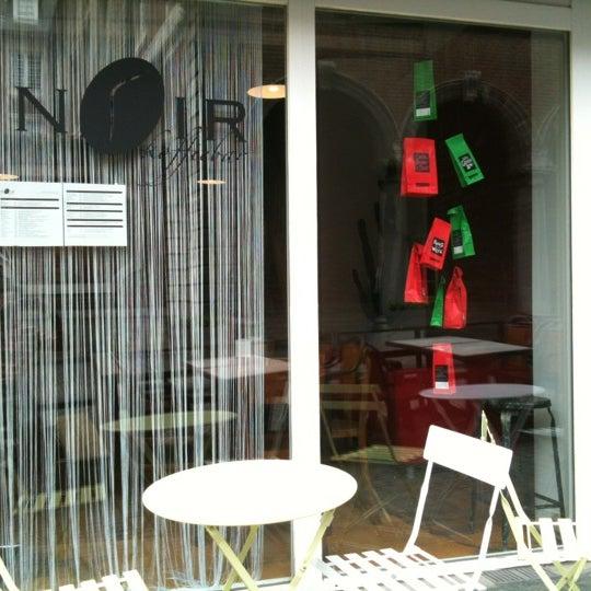 Photo taken at Noir Koffiebar by Kris V. on 6/13/2012