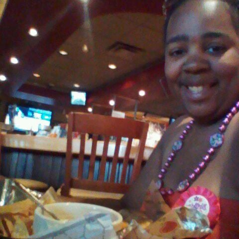 Photo taken at Applebee's by Dana G. on 5/26/2012