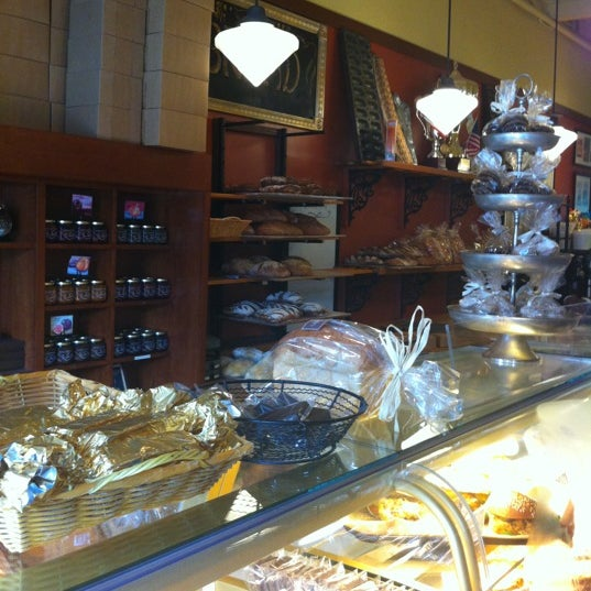 Photo taken at Bakery Nouveau by Ruben P. on 6/23/2012