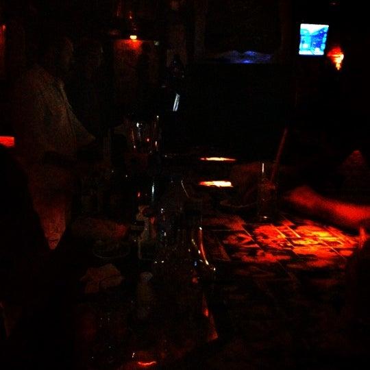 รูปภาพถ่ายที่ Körfez Bar โดย Emsal U. เมื่อ 7/22/2012
