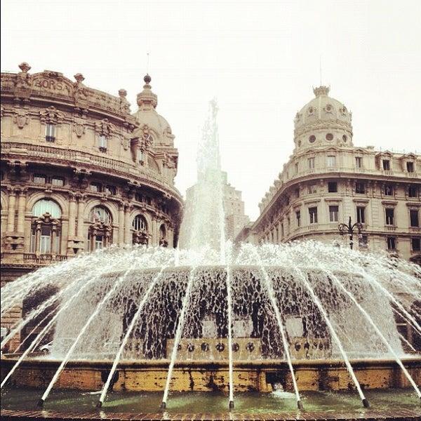 Foto scattata a Piazza de Ferrari da Massimiliano R. il 8/30/2012