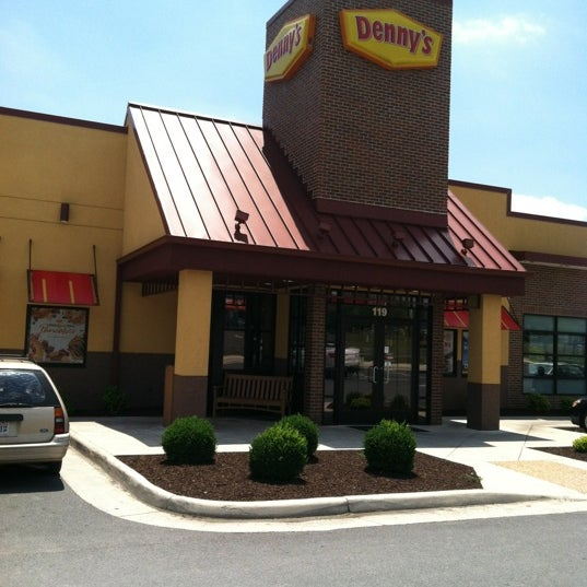 Photo taken at Denny's by Charlie K. on 5/31/2012