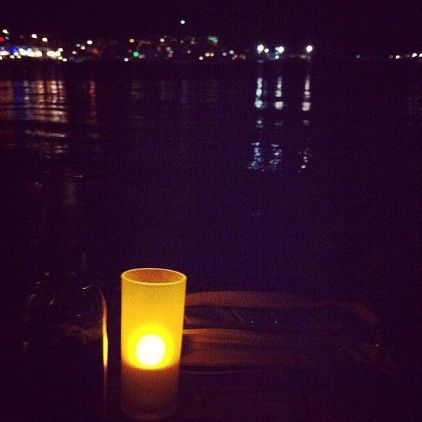 7/12/2012 tarihinde Muslum A.ziyaretçi tarafından Moonlight Cafe Bar'de çekilen fotoğraf