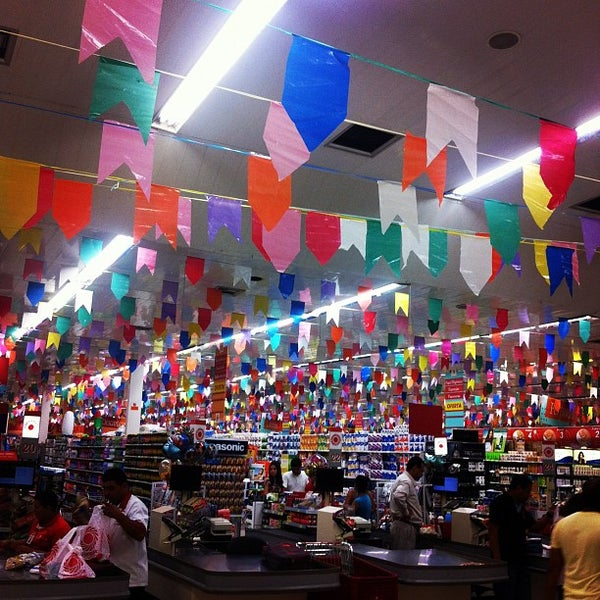 Photo taken at Yamada Plaza by Alexandre G. on 5/22/2012