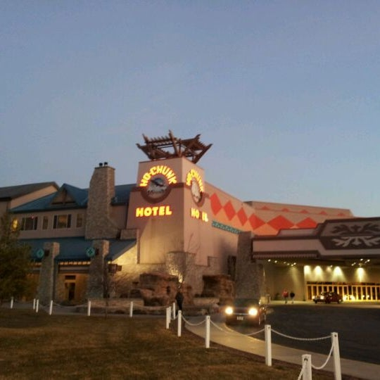 Restaurants Near Ho Chunk Madison Wi