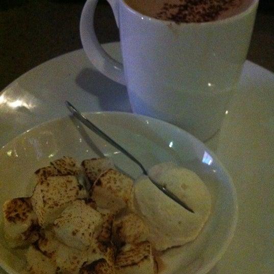 Photo taken at Crave Dessert Bar & Lounge by Jennifer M. on 4/14/2012