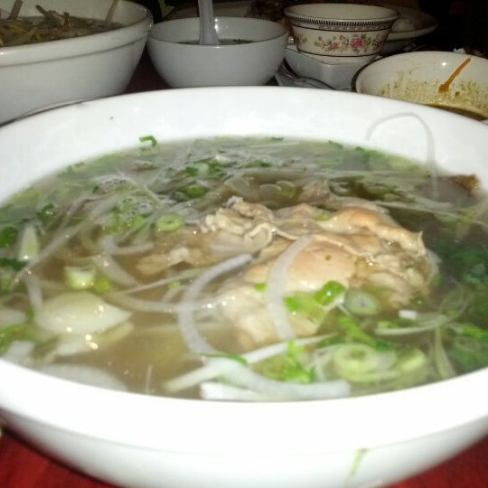 Buckeye pho asian kitchen vietnamese restaurant in columbus for Asian cuisine and pho