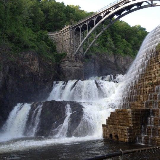 Photo taken at Croton Gorge Park by Taneisha P. on 5/13/2012