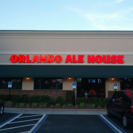 Photo taken at Miller's Ale House - Orlando Alafaya by Sable on 7/7/2012