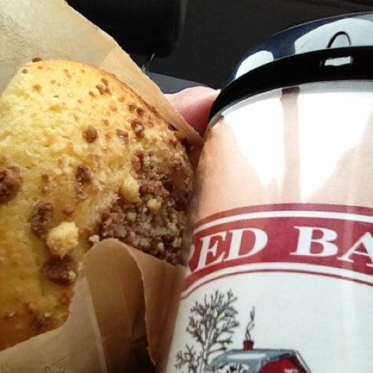 Foto tirada no(a) Red Barn Coffee At Angel's Cafe por Tonyhopedale em 3/13/2012