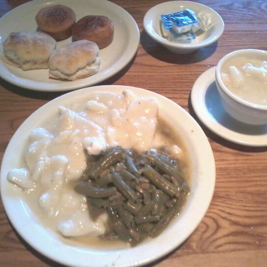 Photo taken at Cracker Barrel Old Country Store by Rose on 7/4/2012