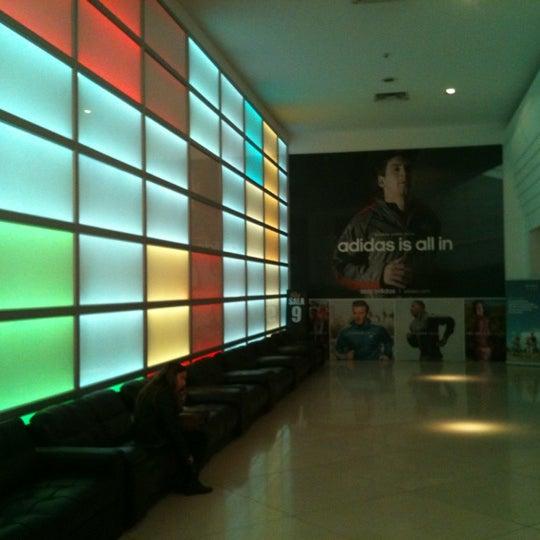 Foto tomada en Cine Hoyts por Roberto C. el 5/11/2012