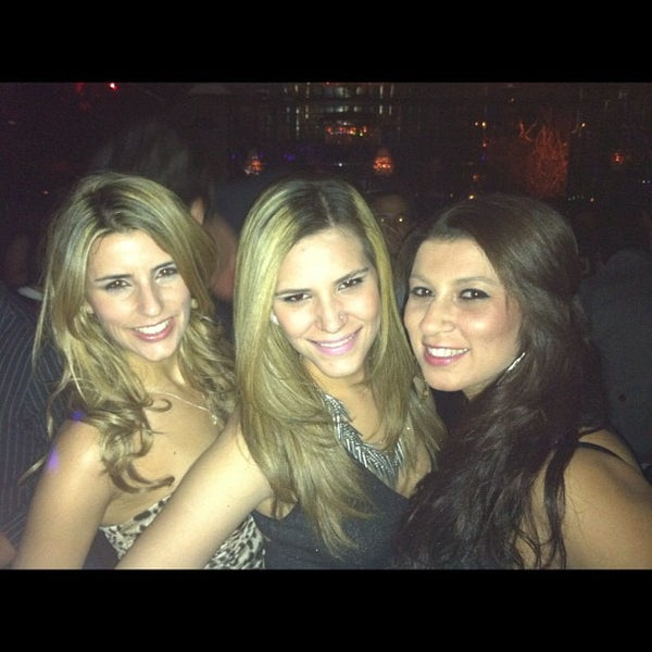 Photo taken at Lavo by Alice P. on 4/29/2012