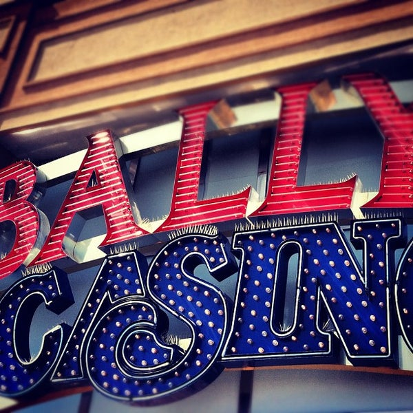Photo taken at Bally's Casino & Hotel by Dani R. on 8/4/2012