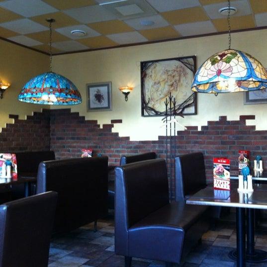 รูปภาพถ่ายที่ Панчо пицца โดย Leo C. เมื่อ 3/7/2012