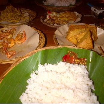 5/12/2012에 itut m.님이 Lombok Galak에서 찍은 사진