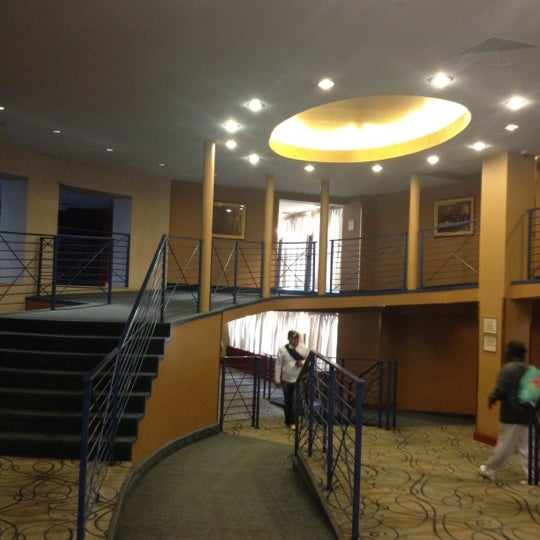 Foto diambil di The Watson Hotel oleh Tim P. pada 3/29/2012