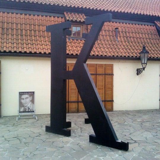 8/10/2012 tarihinde Jean-Francois H.ziyaretçi tarafından Franz Kafka Museum'de çekilen fotoğraf