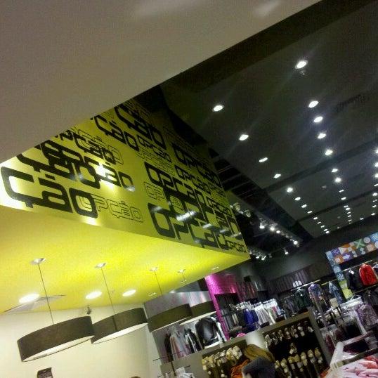 Foto tirada no(a) Partage Shopping São Gonçalo por Gabriel C. em 6/10/2012