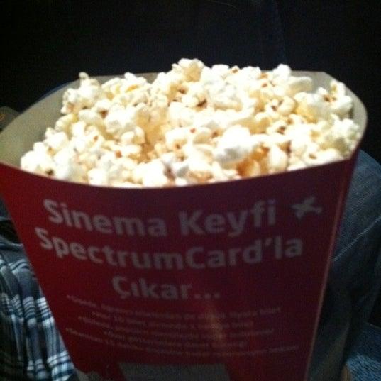 8/28/2012 tarihinde Emine D.ziyaretçi tarafından Spectrum Cineplex'de çekilen fotoğraf