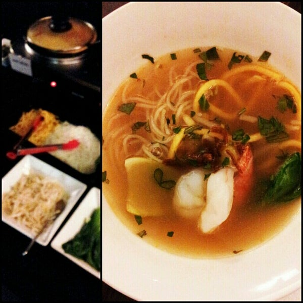 Photo taken at Jackie M Malaysian Cuisine by The Very Hungry Katerpilla on 7/22/2012