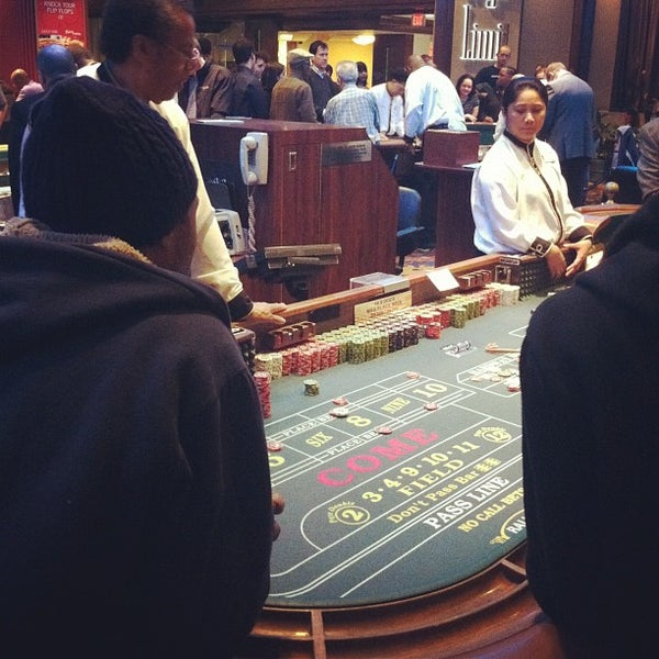 Photo taken at Bally's Casino & Hotel by Gabriela B. on 2/25/2012