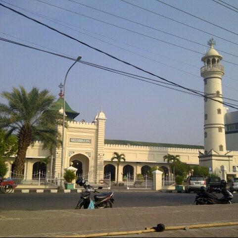 Photo taken at Masjid Jami' Kauman Pekalongan by budhi s. on 8/24/2012