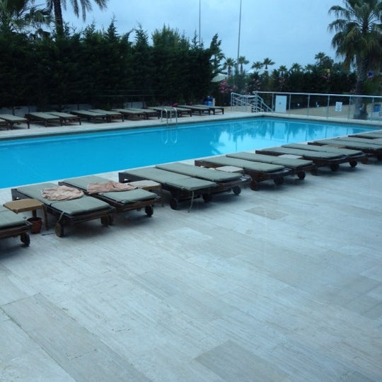 5/24/2012 tarihinde Roof Oadziyaretçi tarafından Sea Life Resort Hotel'de çekilen fotoğraf