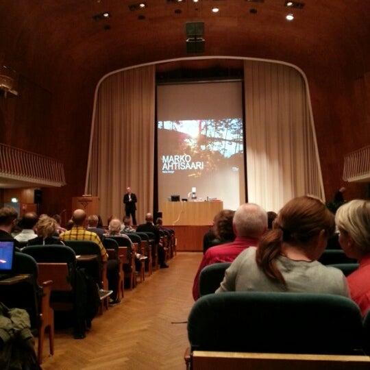 Photo taken at Kauppakorkeakoulu by Sami V. on 9/10/2012