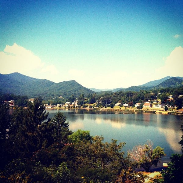 lake junaluska catholic singles See single-story homes for sale in lake junaluska, nc these 14 single-story homes have a median listing price of $239,900.