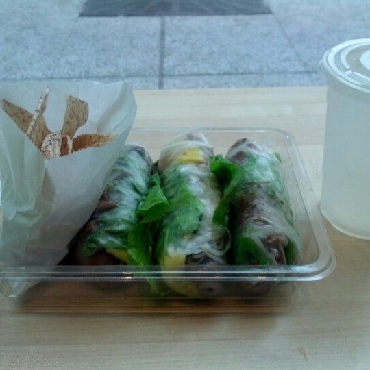 Photo taken at Freshroll Vietnamese Rolls & Bowls by Andrew K. on 8/4/2012
