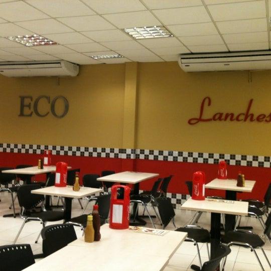 Foto tirada no(a) Eco Lanches por Carol em 4/17/2012