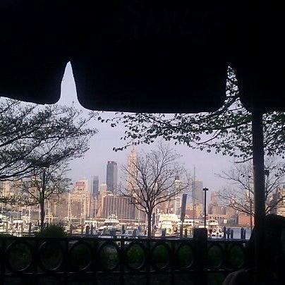 Photo taken at Houlihan's by Zena on 4/15/2012