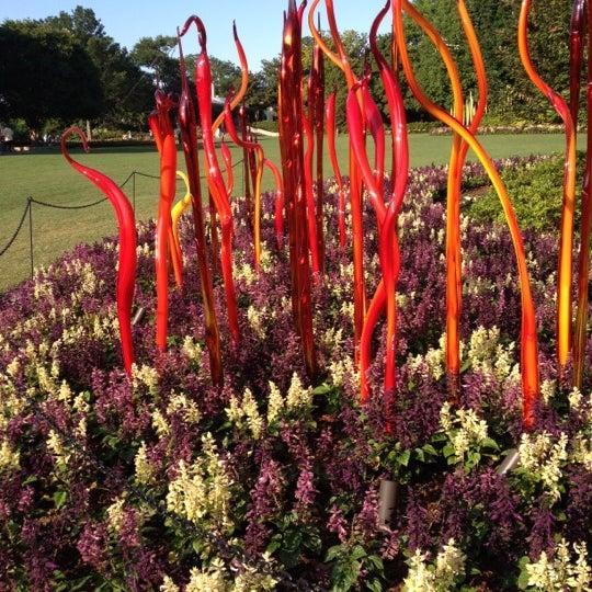 Foto tirada no(a) Dallas Arboretum and Botanical Garden por Leah G. em 5/16/2012