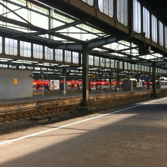 Photo taken at Duisburg Hauptbahnhof by Stefan W. on 7/4/2012