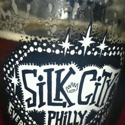 Photo taken at Silk City Diner Bar & Lounge by Bundo P. on 3/19/2012