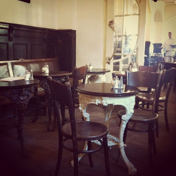 Cafe Design Entspannter Atmosphare Best Pastry Shop Interior ...